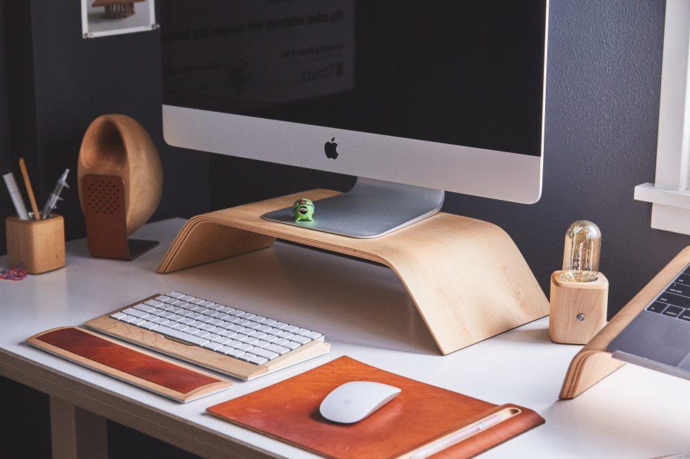 Clean Workspace Mac Apple